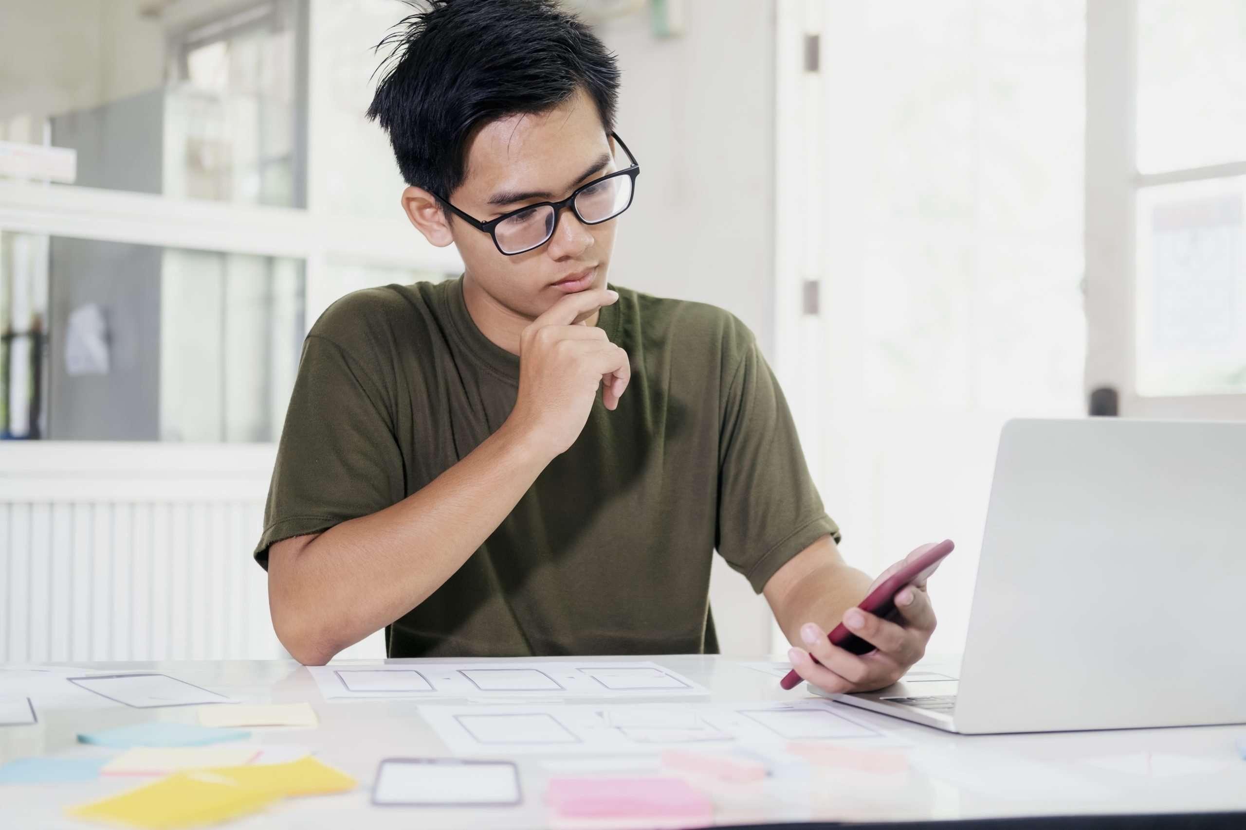 O UI Design e o UX Design se completam, apesar de trazerem resultados satisfatórios separadamente.