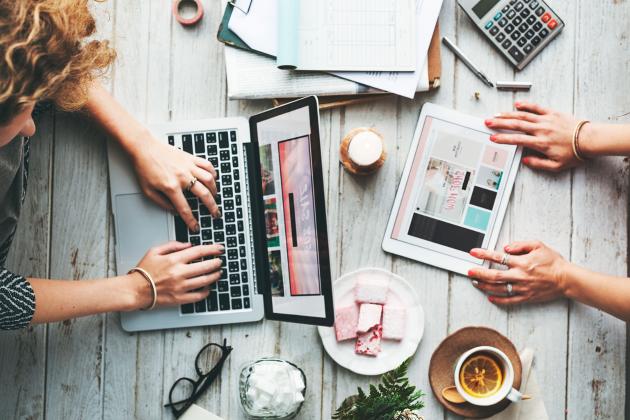 Para desenvolver um website, conte com um time de especialistas para te ajudar.